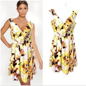 Maggy London 12 Yellow Fit Flare Floral Pleated